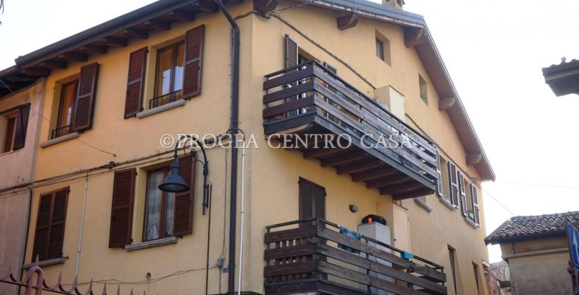 Bilocale in vendita a Villa d'Almè
