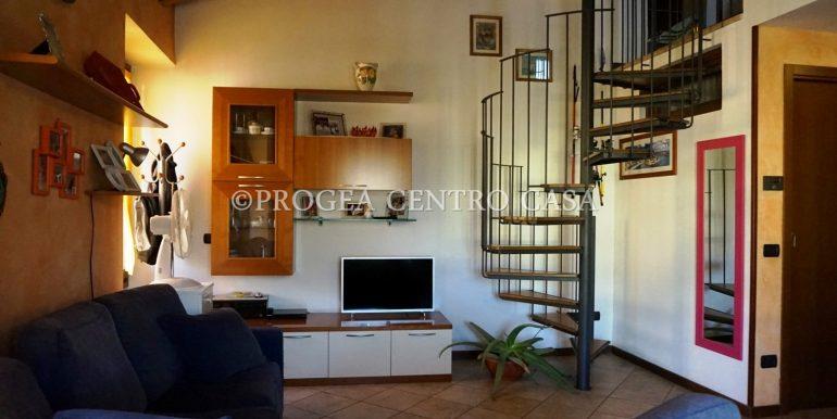 bilocale-in-vendita-a-villa-d-alme-soggiorno-2