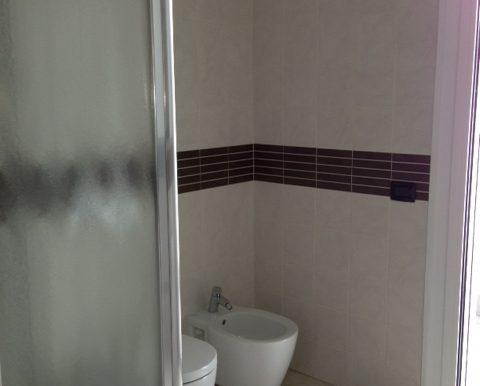 Bilocale-arredato-in-affitto-a-Dalmine-centro-bagno-2