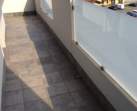 Bilocale-arredato-in-affitto-a-Dalmine-centro-terrazza-2