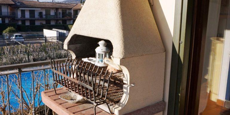 Appartamento-trilocale-Moniga-del-garda-vendita-barbecue
