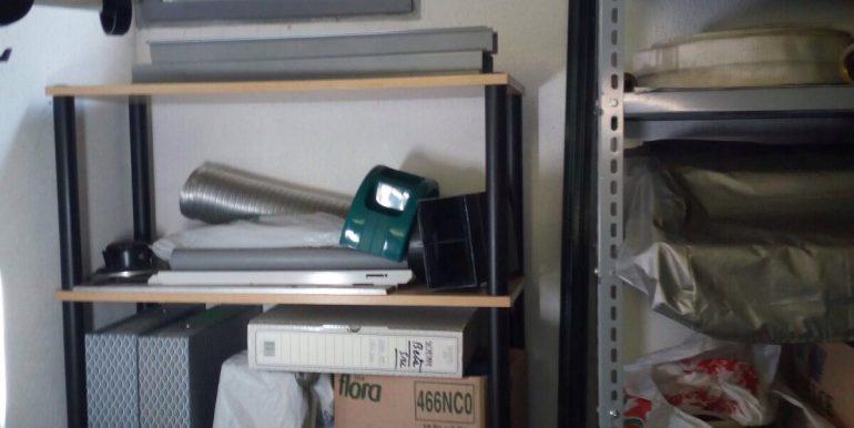 Box-doppio-in-vendita-a-Terno-d-isola-finestra
