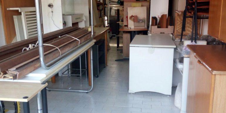Box-doppio-in-vendita-a-Terno-d-isola-interno-2