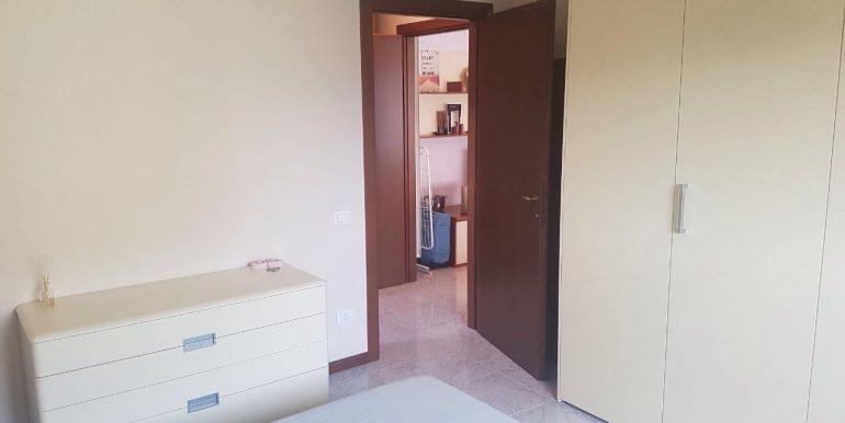 appartamento-bilocale-arredato-con-box-a-dalmine-zona-universita-armadio