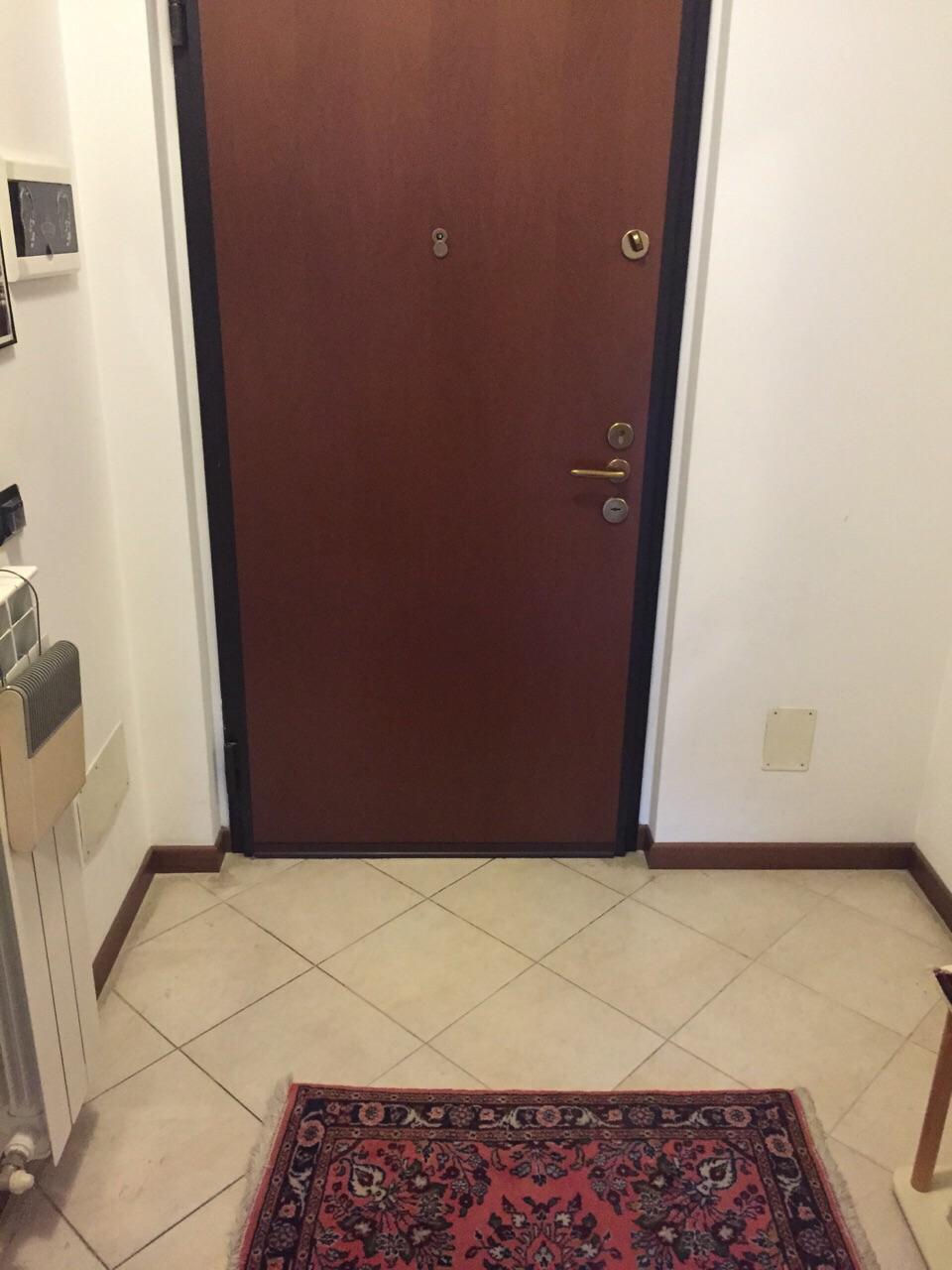 Appartamento monolocale arredato in affitto a dalmine zona for Contratto affitto appartamento arredato