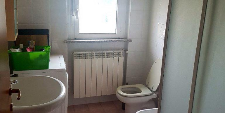 appartamento-bilocale-arredato-con-box-a-dalmine-zona-universita-bagno