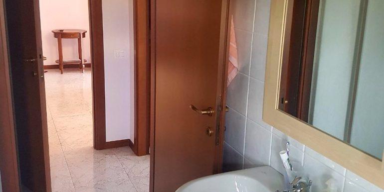 appartamento-bilocale-arredato-con-box-a-dalmine-zona-universita-bagno-2
