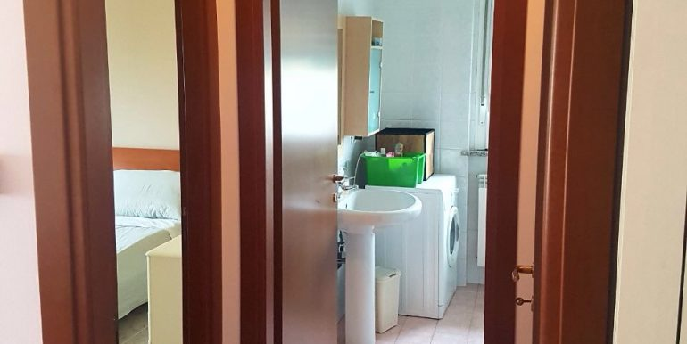 appartamento-bilocale-arredato-con-box-a-dalmine-zona-universita-corridoio