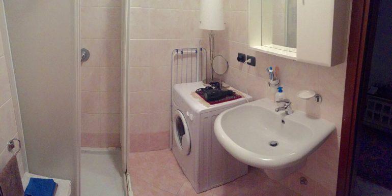 appartamento-monolocale-arredato-in-affitto-a-dalmine-zona-universita-bagno-2
