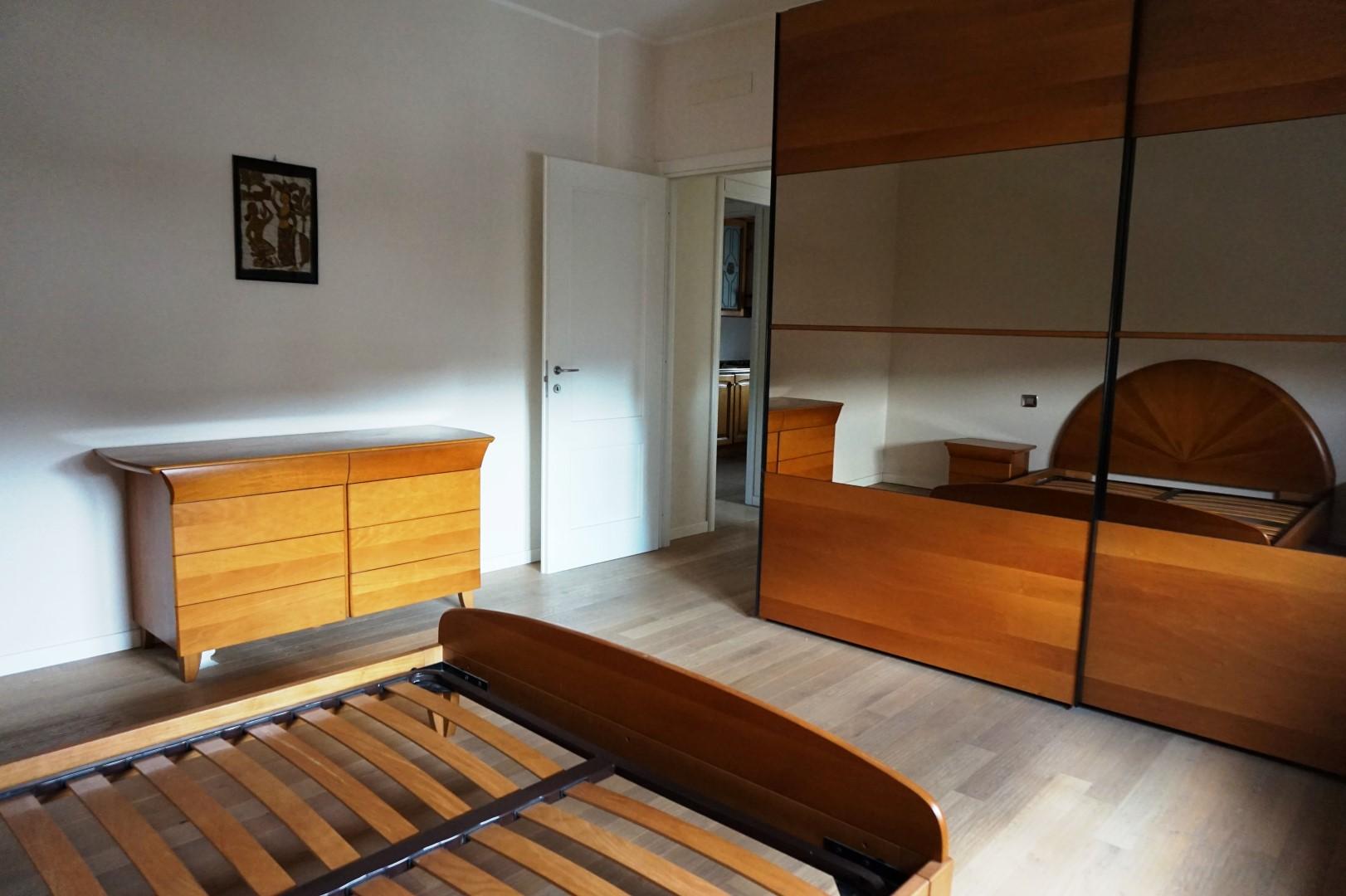 Appartamento trilocale arredato in affitto a petosino for Appartamento in affitto arredato