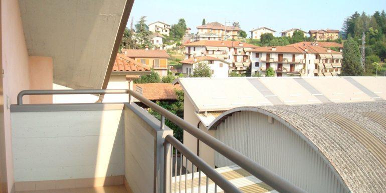 appartamento-quadrilocale-in-affitto-ad-alme-terrazzo