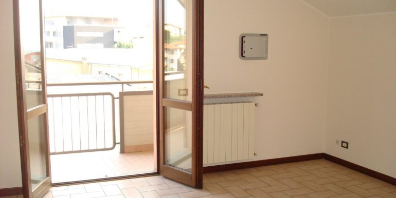appartamento-quadrilocale-in-affitto-ad-alme-camera