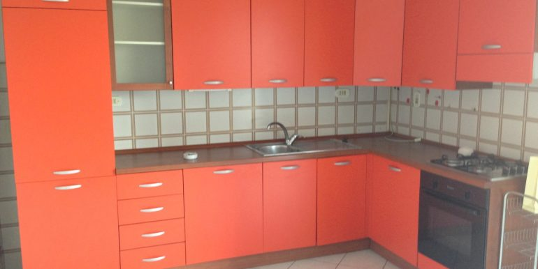 quadrilocale-in-vendita-a-dalmine-con-box-cucina