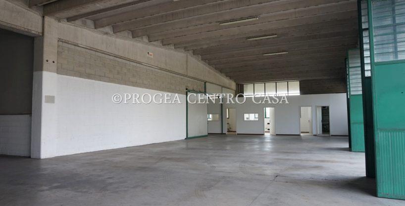 Capannone industriale in vendita a Valbrembo