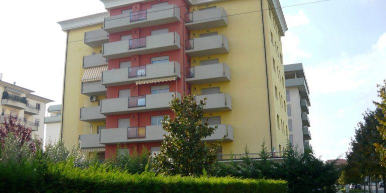 appartamento-in-affitto-dalmine-universita-esterno