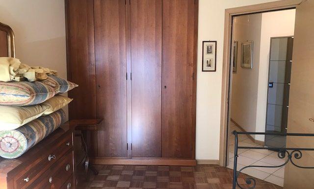 Appartamento-trilocale-in-affitto-a-Bergamo-cameretta-2