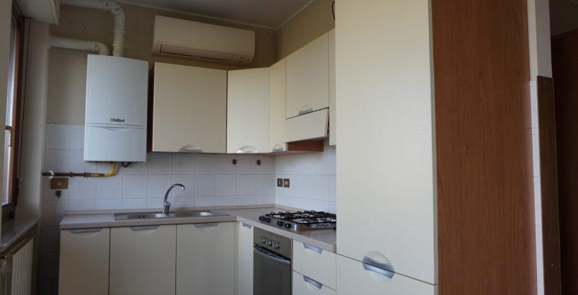 Appartamento bilocale arredato in affitto a Dalmine con box
