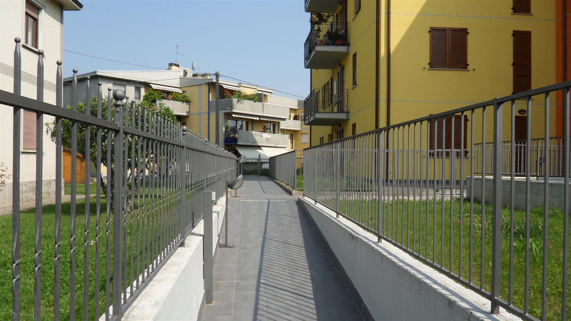 Bilocale arredato in affitto con giardino privato 62 mq for Affitto carpenedolo arredato