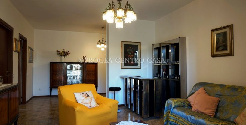 Quadrilocale arredato in affitto Bergamo