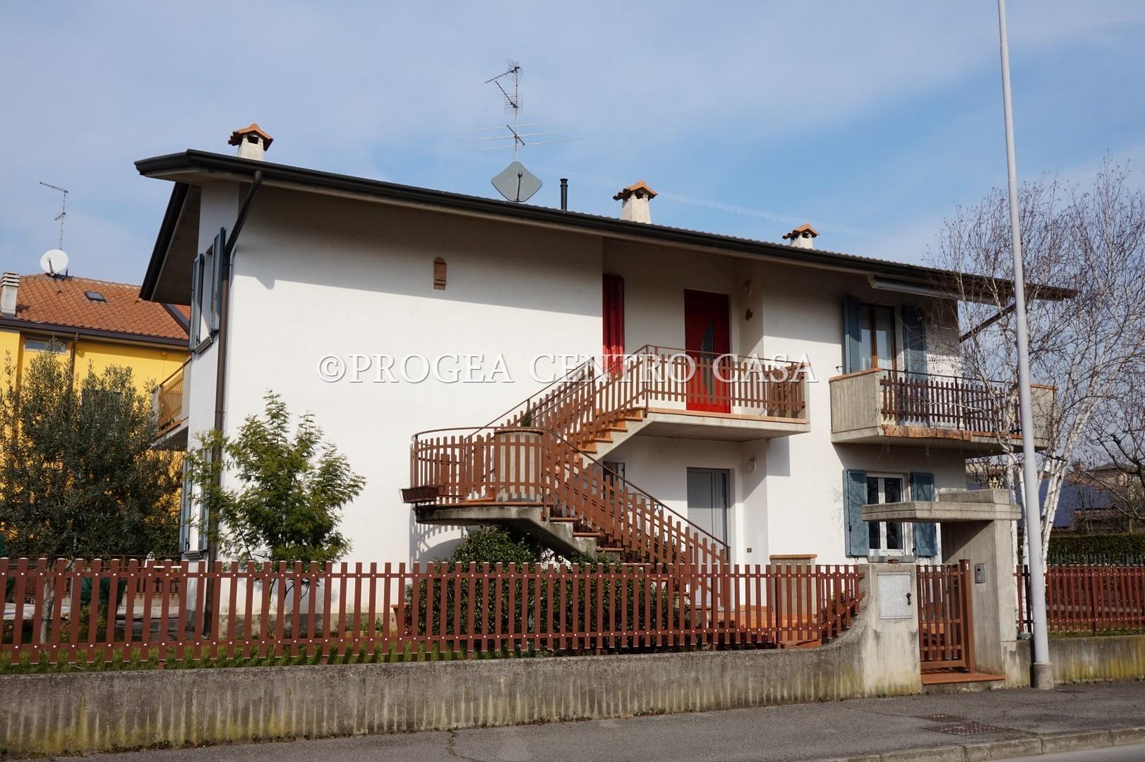 Appartamento in villa bifamiliare a Dalmine