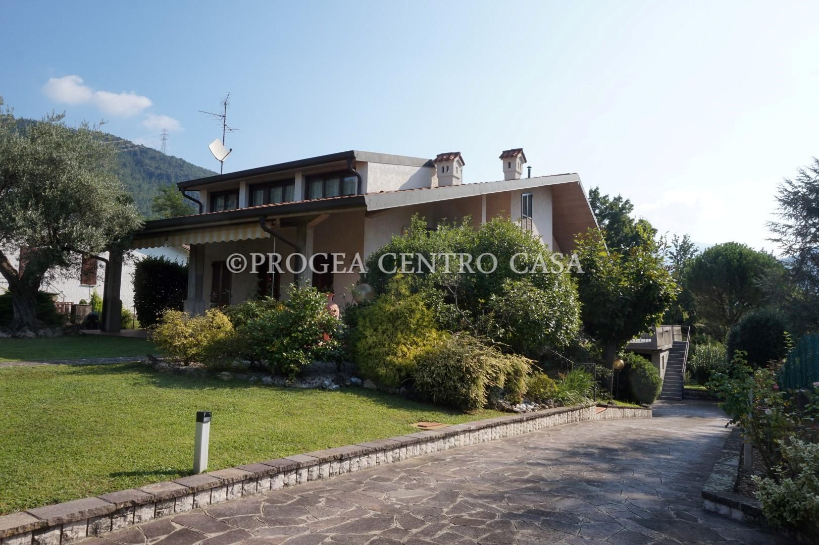 Villa singola in vendita a Trescore