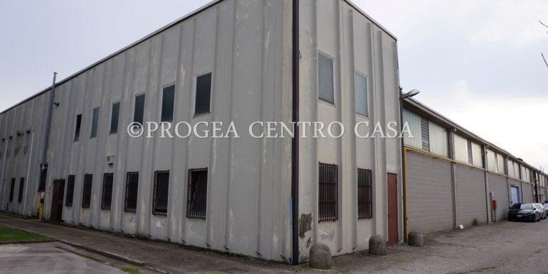 capannone-in-vendita-a-origgio-uffici