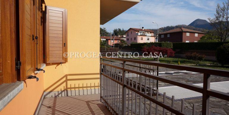 bilocale-in-vendita-almenno-san-salvatore-terrazzo-3