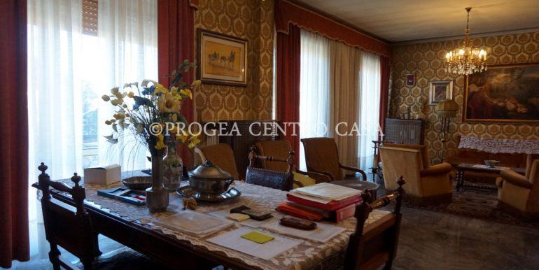 pentalocale-in-vendita-ad-alme-salone-2