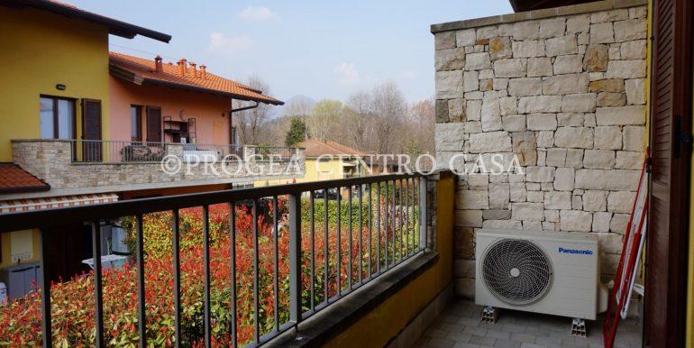 bilocale-in-vendita-a-barzana-terrazzo-2