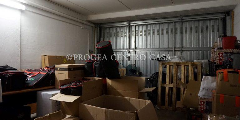 ufficio-in-affitto-a-treviolo-vetrinato-box