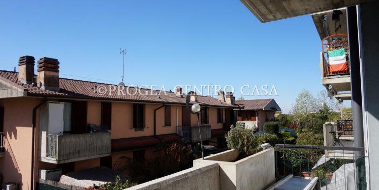 bilocale-arredato-in-affitto-a-zanica-terrazzo-2