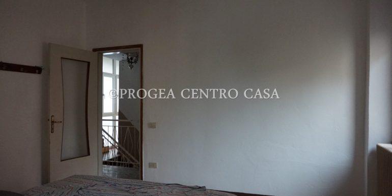 casa-in-affitto-albano-santalessandro-cameretta-4