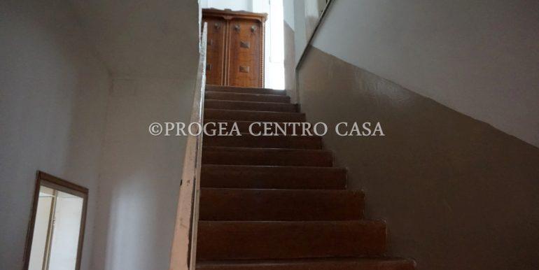 casa-in-affitto-albano-santalessandro-scala