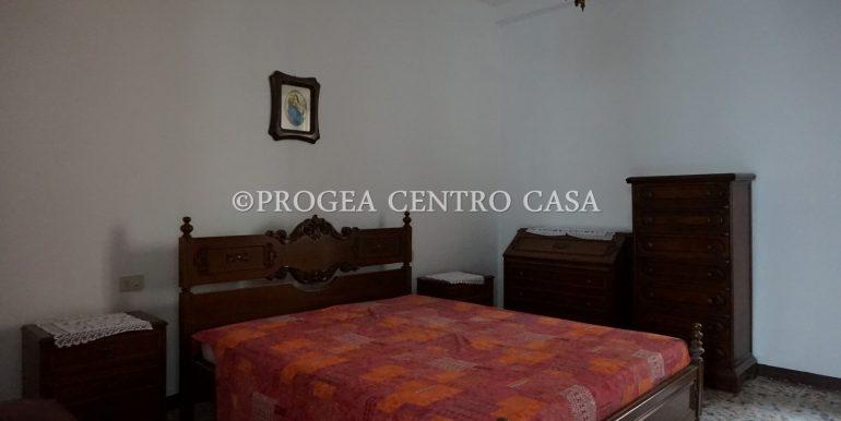 casa-in-affitto-albano-santalessandro-camera