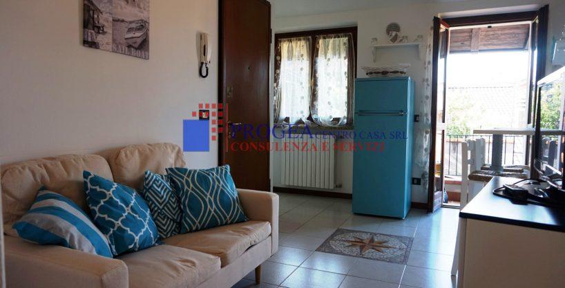 Bilocale arredato in affitto a Villa d'Almè