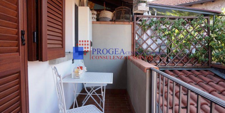 bilocale-arredato-in-affitto-a-villa-dalme-balcone